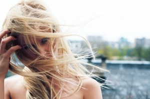 windy-blonde-hair-weheartit